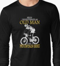 Never Underestimate an old man Long Sleeve T-Shirt