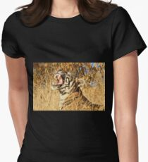 Yawn: Sub-Adult Male Bengal Tiger T-Shirt