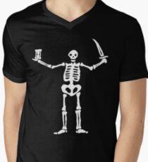 Black Sails Pirate Flag White Skeleton Men's V-Neck T-Shirt