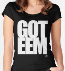GOTEEM Women's Fitted Scoop T-Shirt