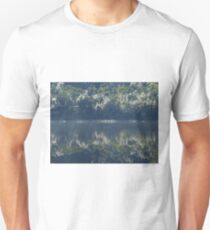 Life on earth, Gordon river Tasmania Unisex T-Shirt