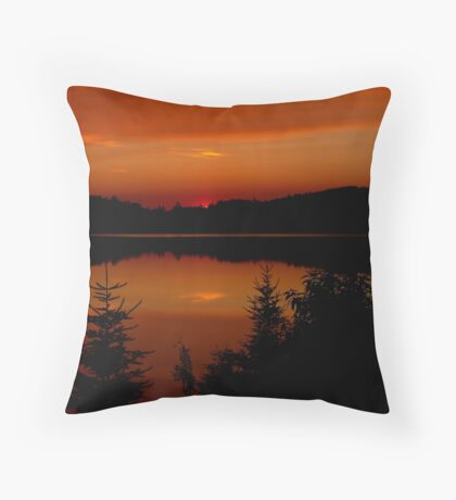 Sunset on Brewer Lake, Algonquin Park Throw Pillow
