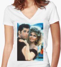 Fett Tailliertes T-Shirt mit V-Ausschnitt