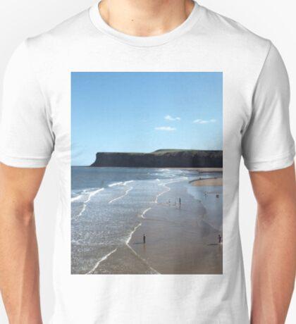 NDVH Saltburn Beach - Hunt Cliff (without text) T-Shirt