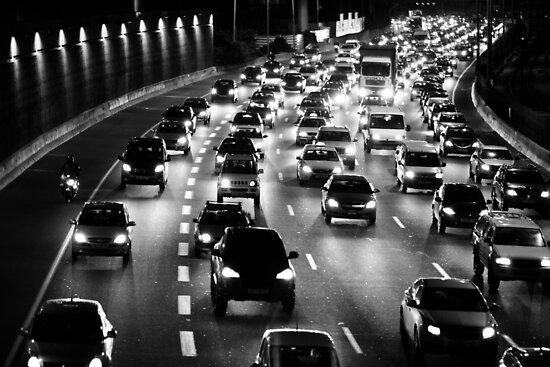 traffic at night by Victor Bezrukov