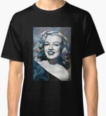 Marilyn Monroe with a bit of smoke Classic T-Shirt
