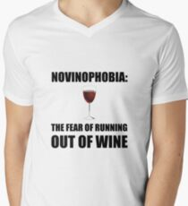 Novinophobia Wine Men's V-Neck T-Shirt