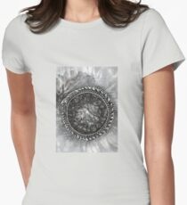 Uroboros and the Cosmic Egg  T-Shirt