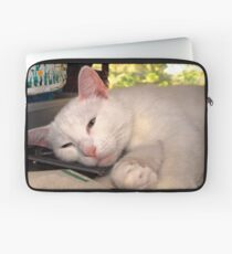 i'm comfortable wherever you are Laptop Sleeve