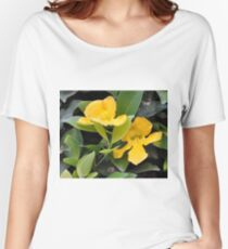 YELLOW TRUMPET VINE OR CATS CLAW Women's Relaxed Fit T-Shirt