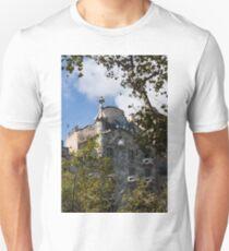 Antoni Gaudi's Casa Batllo Through Sycamore Trees T-Shirt