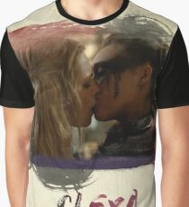 Clexa - The 100 - Brush Kiss Graphic T-Shirt