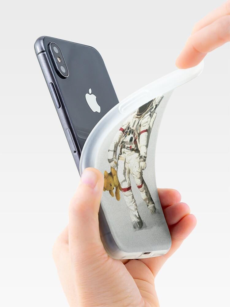 Vista alternativa de Funda y vinilo para iPhone El espacio puede ser solitario