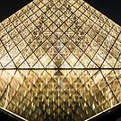 Pyramide de Louvre by BWootla