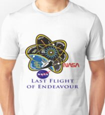 Last Flight of Endeavour OV-105 Unisex T-Shirt