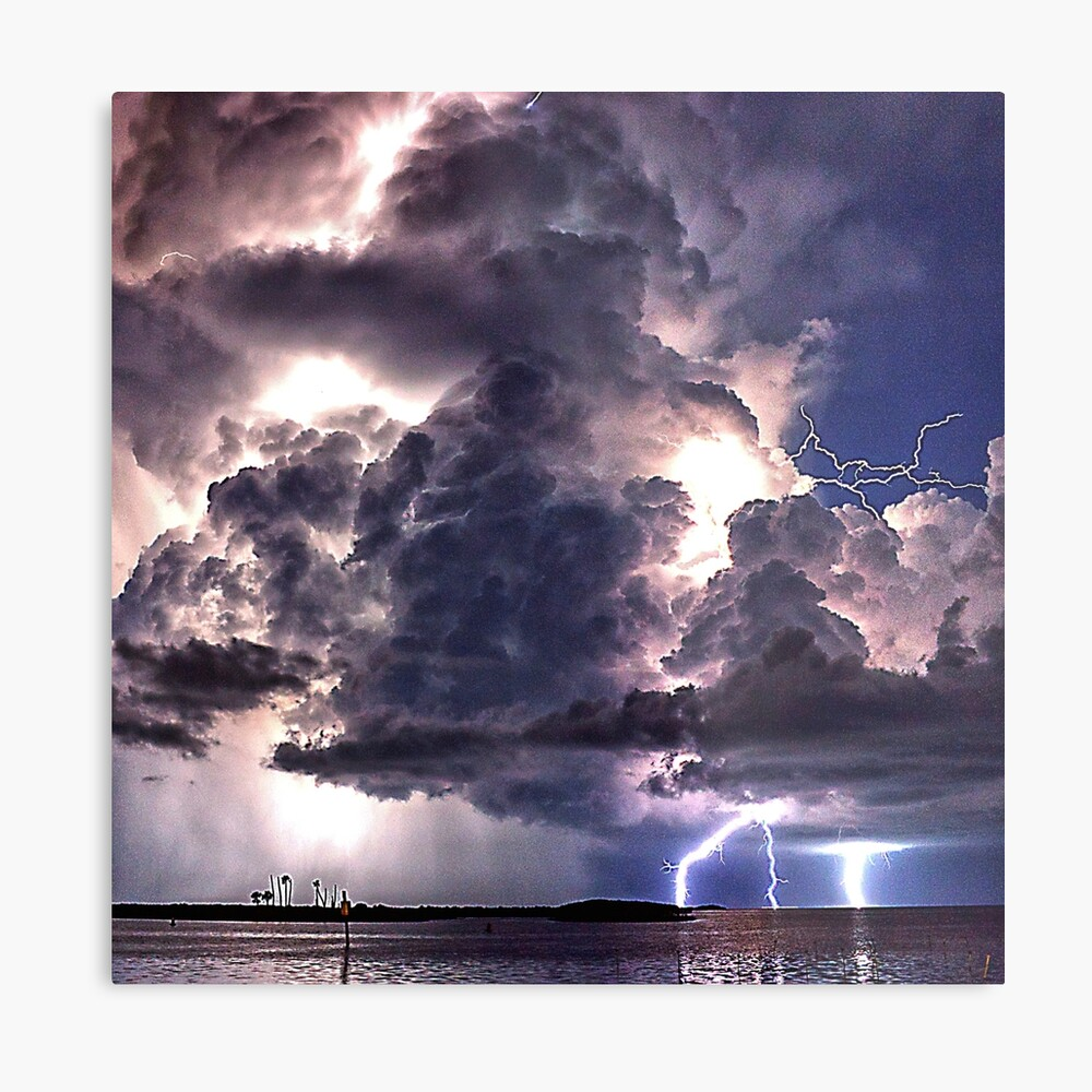 Lightning in HDR Metal Print