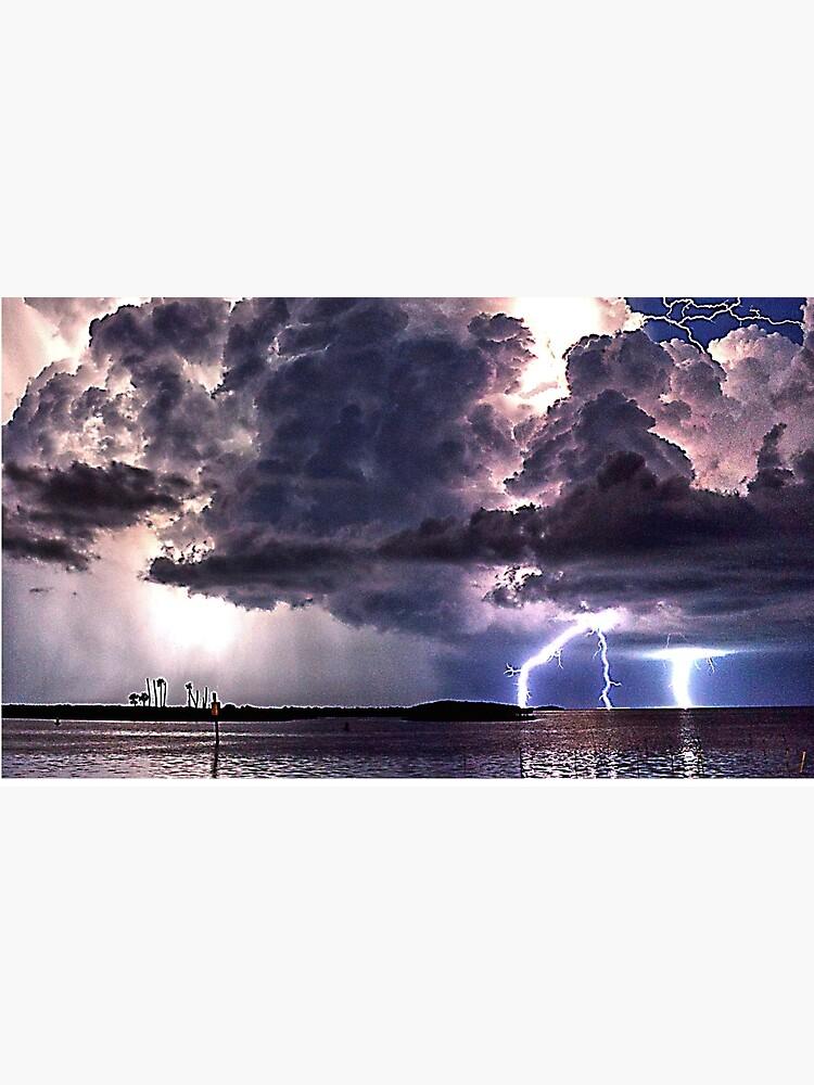 Lightning in HDR by Zzenco