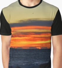 Sky At Dawn | Montauk Point State Park, New York Graphic T-Shirt