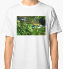 Listen to the Babbling Brook - Green Summer Fun Impressions Classic T-Shirt