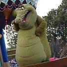 Croc on Parade by lottiem94