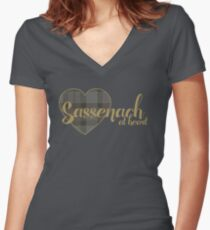 Sassenach at Heart Women's Fitted V-Neck T-Shirt