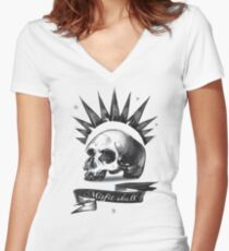 Misfit Skull – Chloe Price, Pricefield Women's Fitted V-Neck T-Shirt