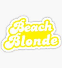 Strandblondine im Gelb Sticker