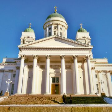 Helsinki Cathedral from the side by paulmcnam