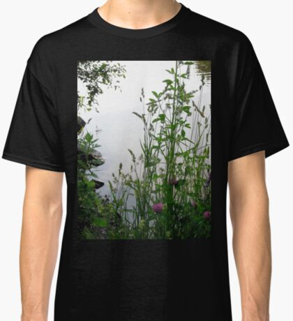 Grass on the banks of the Rideau River, Ottawa 2 Classic T-Shirt