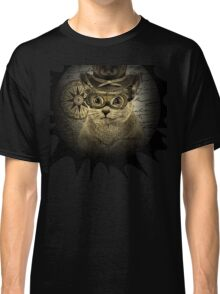 Cheeky Steampunk Cat with Goggles and Top Hat Classic T-Shirt