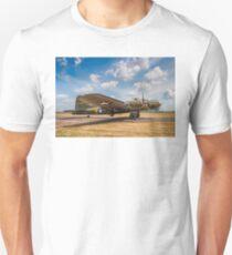 """Boeing B-17G Fortress II 44-85784 G-BEDF """"Sally B/Memphis Belle"""" T-Shirt"""