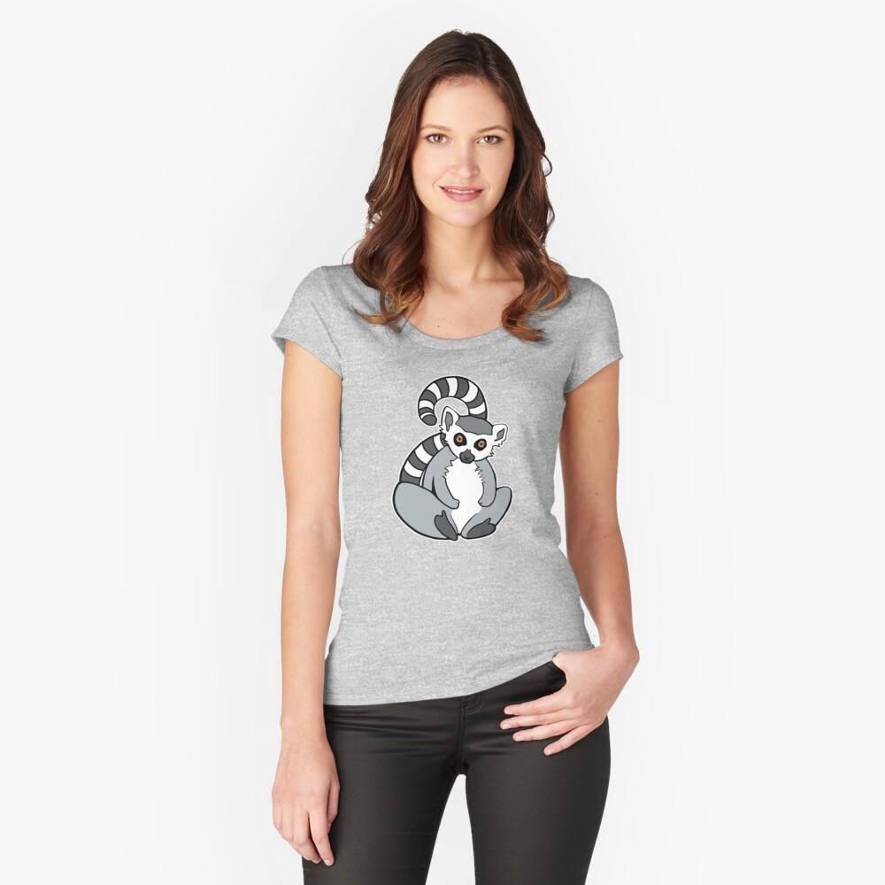 Sitzender Ring-Tailed Lemur Tailliertes Rundhals-Shirt