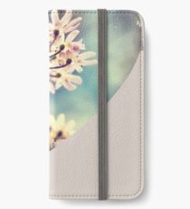 Queen Annes Lace flowers iPhone Wallet/Case/Skin