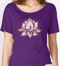 Lotus Flower Symbol Wisdom & Enlightenment Buddhism Zen Women's Relaxed Fit T-Shirt