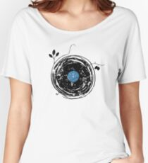 Enchanting Vinyl Record Grunge Vintage Women's Relaxed Fit T-Shirt