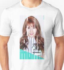 TWICE MOMO 'Cheer Up' Unisex T-Shirt
