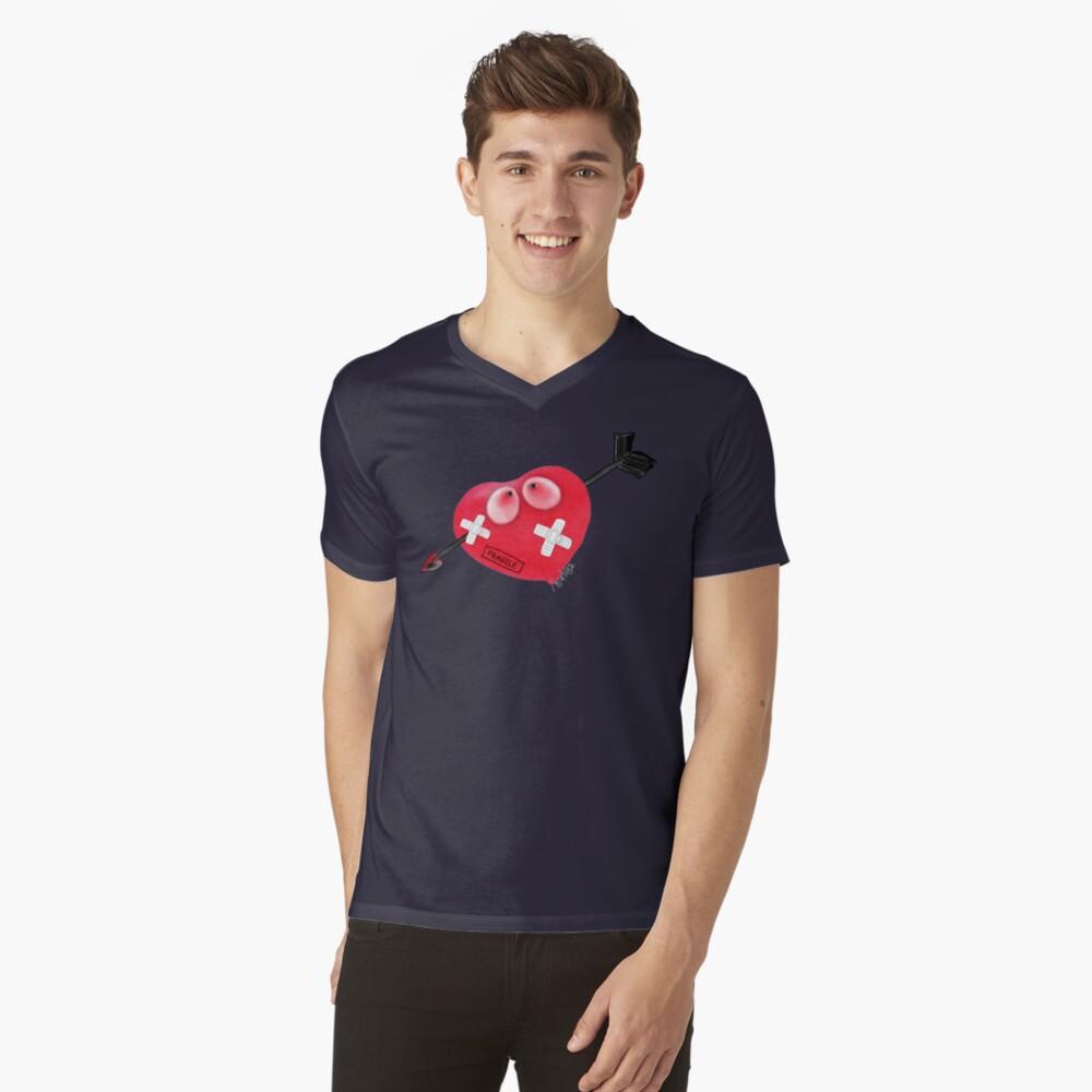 cuore fragile V-Neck T-Shirt