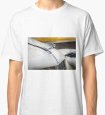 Auburn Logo & Hood Ornament (Flying Lady) Classic T-Shirt