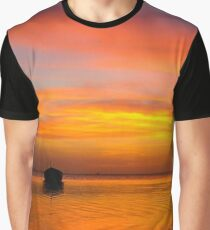 A sunset not to miss Graphic T-Shirt