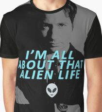 All About That Alien Life Graphic T-Shirt