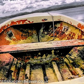 Boat rusting on Anglesey  by bywhacky