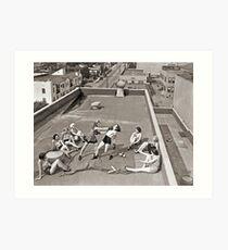 Frauen, die auf Dach boxen Kunstdruck