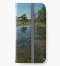 Trestle iPhone Wallet/Case/Skin
