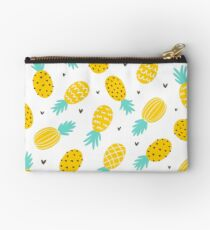 Pineapple and hearts Studio Pouch