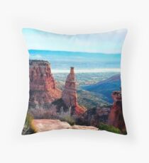 Monument Valley Overlook Throw Pillow
