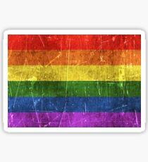 Vintage gealterte und zerkratzte Regenbogen-Gay Pride-Flagge Sticker