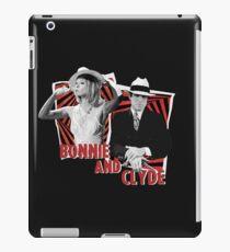 Bonnie and Clyde - Warren Beatty and Faye Dunaway iPad Case/Skin