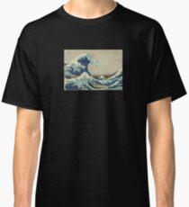 Great Wave T-Shirt - Hokusai Duvet Surfing Kanagawa Mount Fuji Sticker Classic T-Shirt