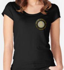 Geschützt durch Freimaurer Tailliertes Rundhals-Shirt