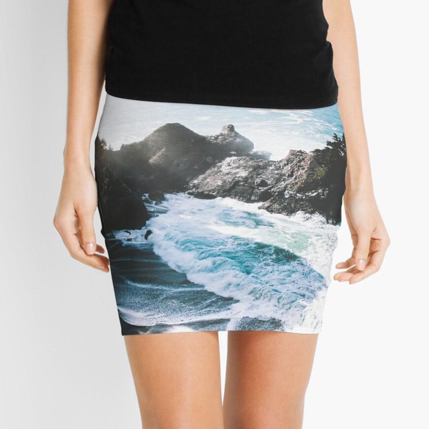 En el borde Minifalda
